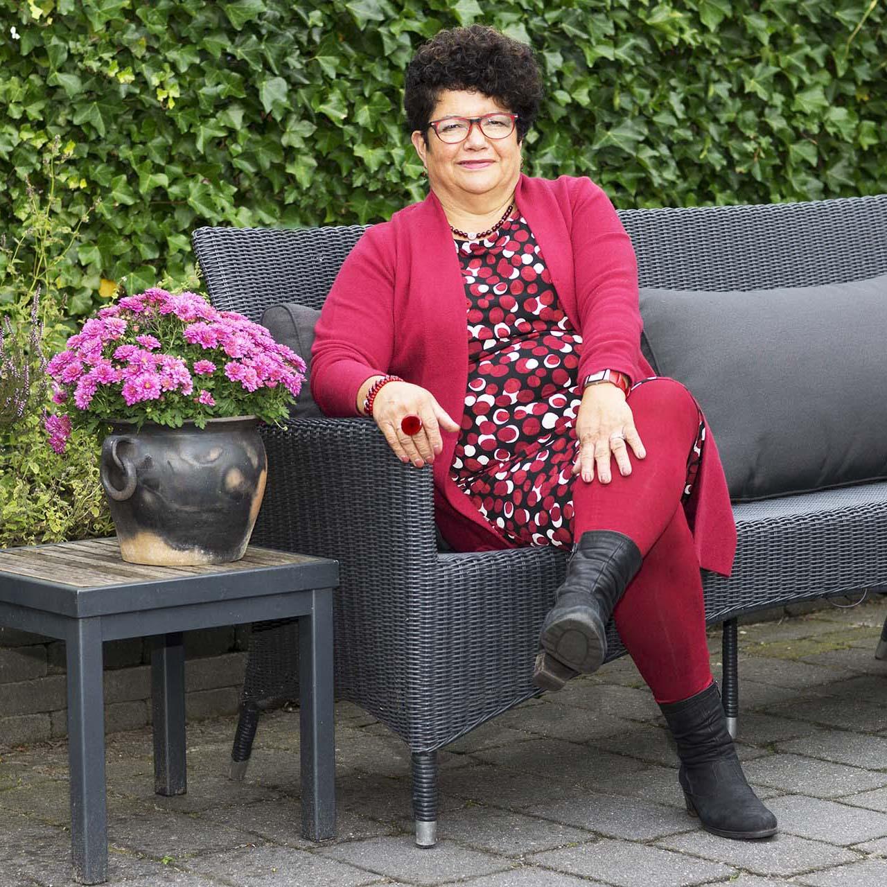 Isabel Marrink is kleuradviseur voor kleding, brillen en make up in Groningen